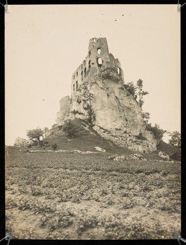 Ruiny zamek Bobolice
